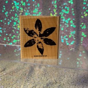 """Brand new """"large flower"""" stampin up stamp"""